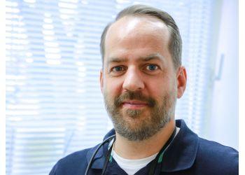 DR. NICOLAS CHLOSTA - Dentist Nicolas Chlosta