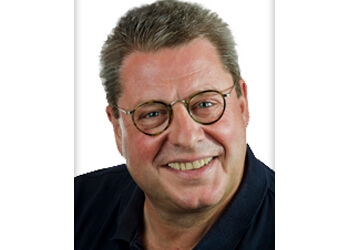Dr. Kurt Hess