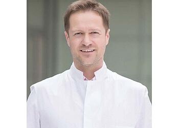 Dr. med. Daniel Talanow - e-sthetic Plastische und Ästhetische Chirurgie