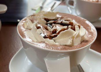 Lloyd's Café und Bar