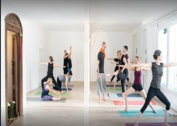 Shaanti Ultra Ashtanga Yoga